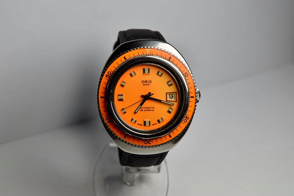 Immagine di ORIS STAR DIVER ORANGE
